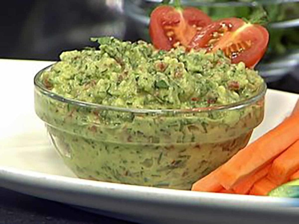 Avocado Dip with Fresh Vegetable Sticks