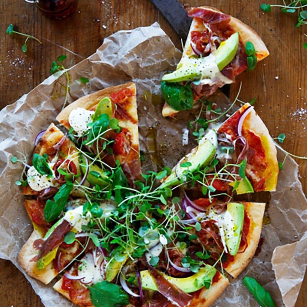Avocado and Proscuita Pizza