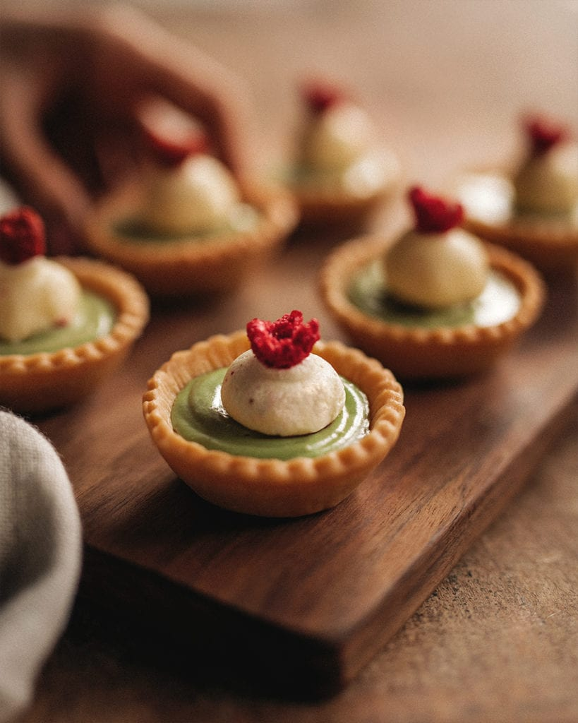 Avocado and white chocolate tarts